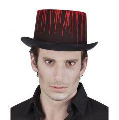 Chapeau noir et ses éclaboussures de sang