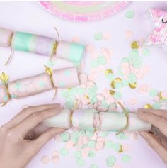 6 Crackers confettis - Iridescent