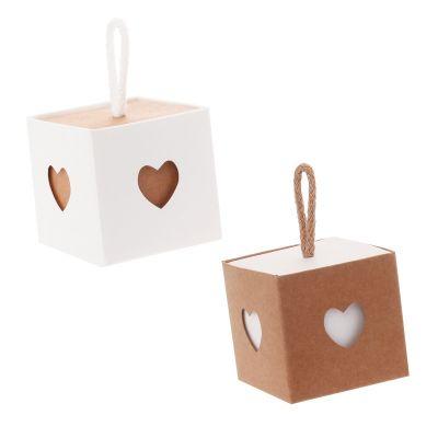 6 boites à dragées avec coeurs - Kraft et Blanc