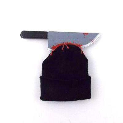 Bonnet effet couteau planté