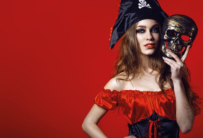 Déguisement adulte thème Pirate